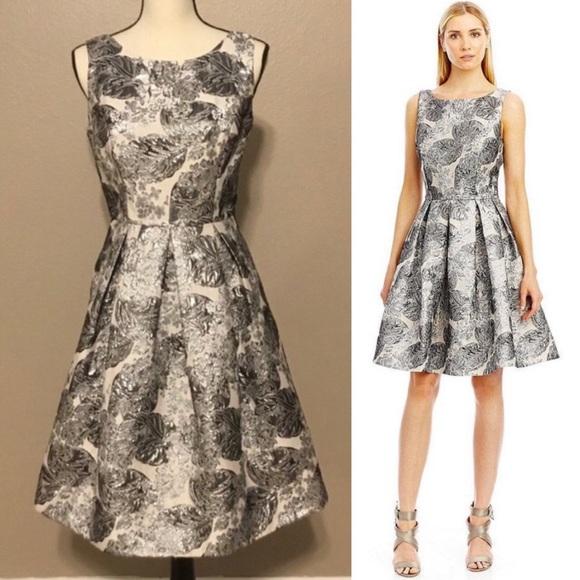 955e6db95dc Nicole Miller Metallic Brocade Flare Dress Sz S